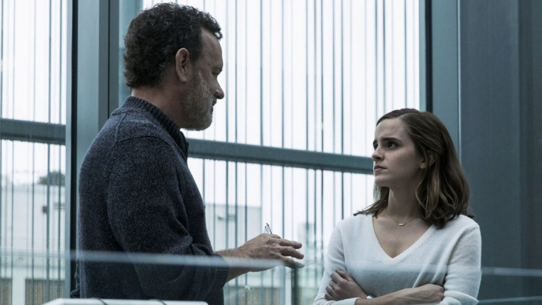 the_circle_still_tom_hanks_and_emma_watson_-_publicity_-_h_2017